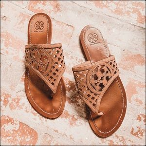 Tory Burch Thatched Perforated Thong sandals